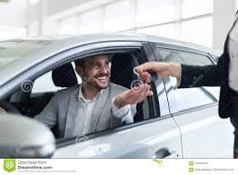 Een gebruikte auto kopen: 3 eenvoudige tips voor het kiezen van een parel